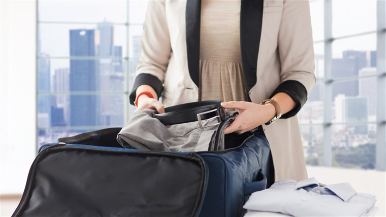 10 things to always have in your carry-on bag when traveling
