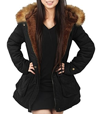 Дами's black jacket with faux fur