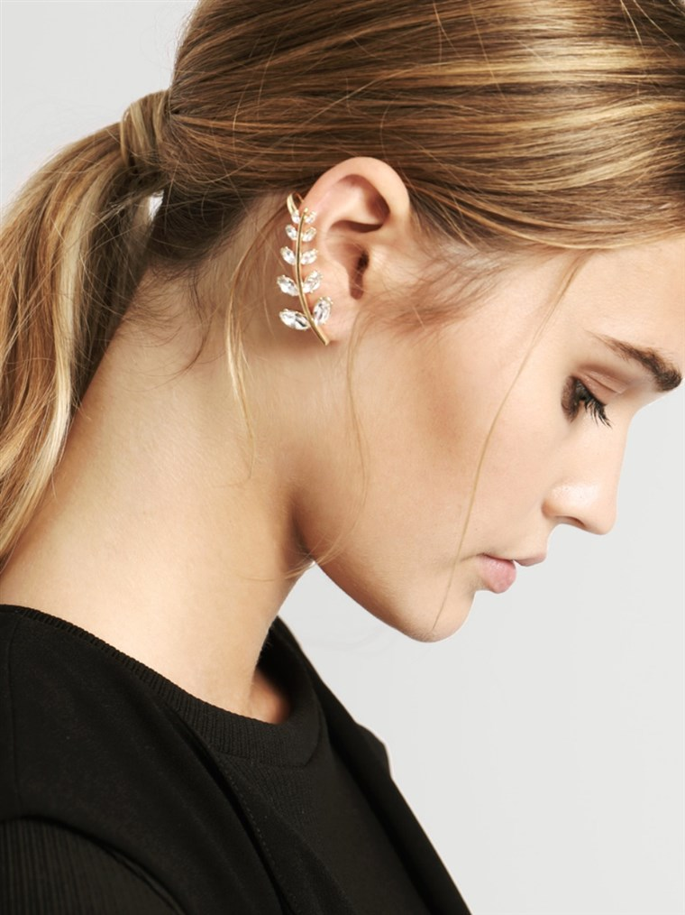 إذن crawler earrings