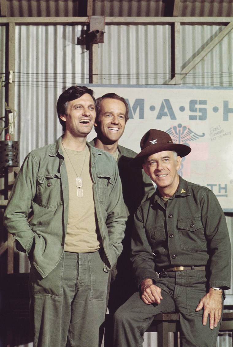 Алда, Farrell, & Morgan In 'MASH'