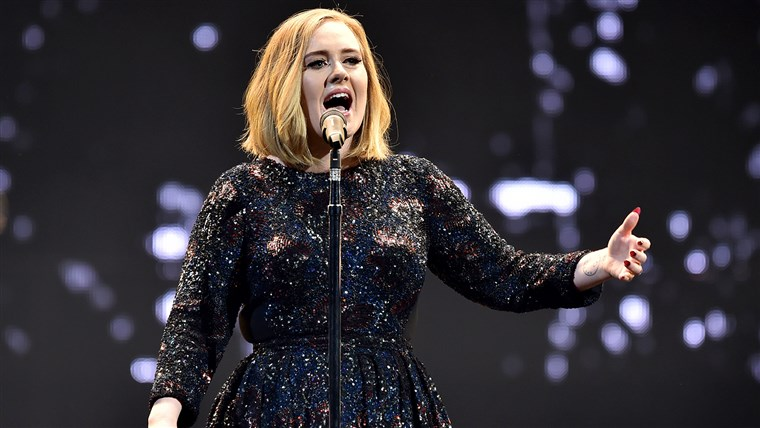 Obraz: Adele Performs At The SSE Arena Belfast
