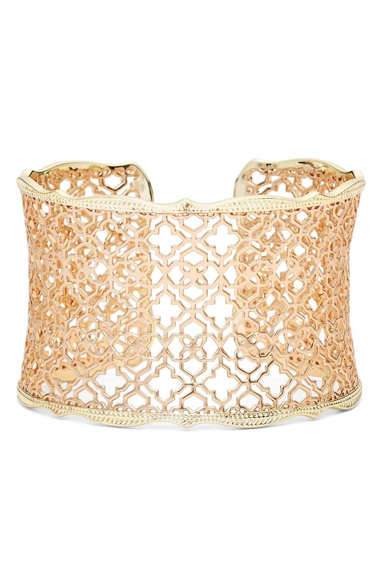 Geschenke for new moms, golden cuff