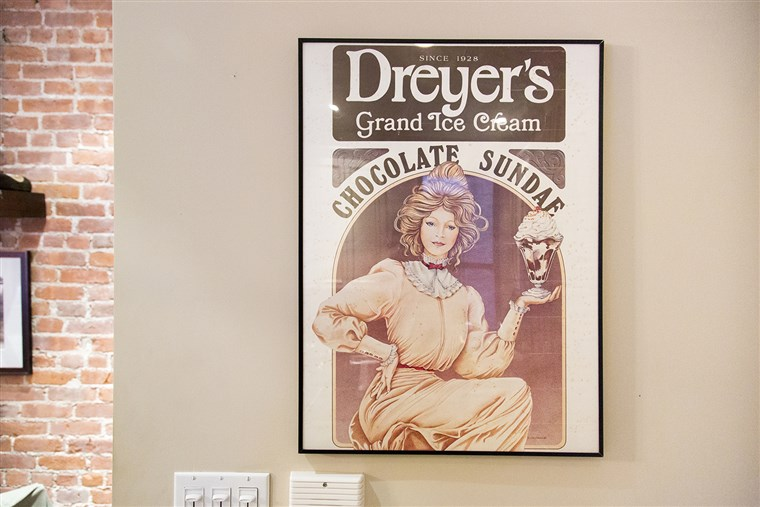 обесване on one wall is a vintage Dreyer's ice cream poster Dylan's mom gifted her.