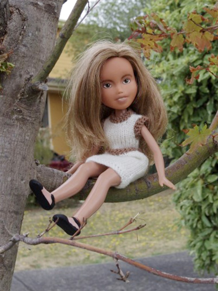 Singh has situated many of her Tree Change Dolls in outdoor settings to make them appear like they're