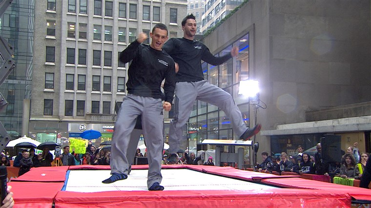 Das brothers celebrated their new world record on the plaza.