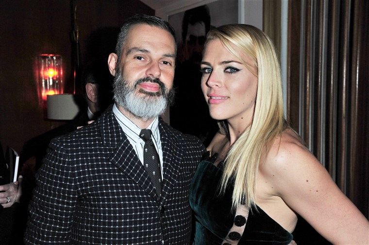 渣子 Silverstein and Busy Philipps