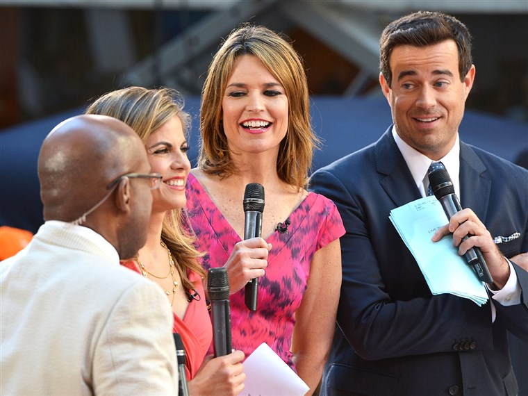 شركة Roker, Natalie Morales, Savannah Guthrie and Carson Daly host TODAY.