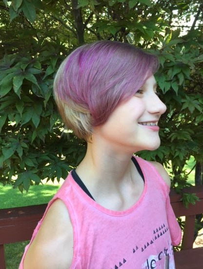 Susan Meyer's 11-year-old daughter, Abby, colored her hair with a semi-permanent dye that washes out over a 3-day period.