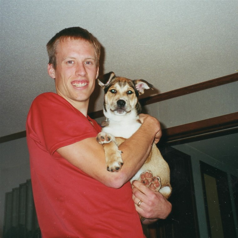 Ben Moon met Denali at an animal shelter in November 1999.