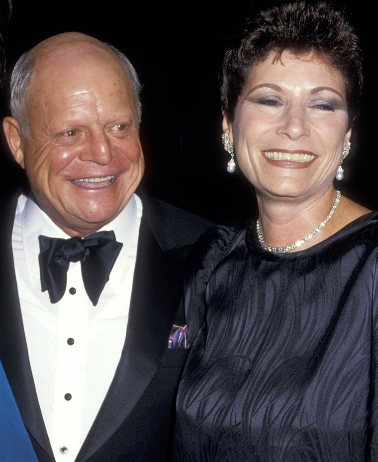 唐 Rickles and wife Barbara Sklar
