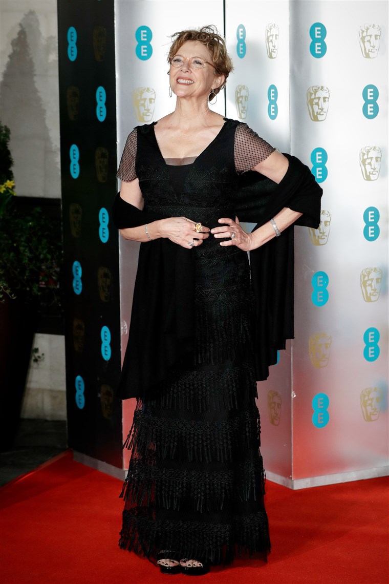 صورة: EE British Academy Film Awards Gala Dinner - Red Carpet Arrivals