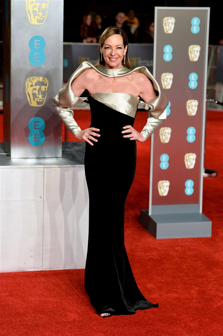 صورة: EE British Academy Film Awards - Red Carpet Arrivals