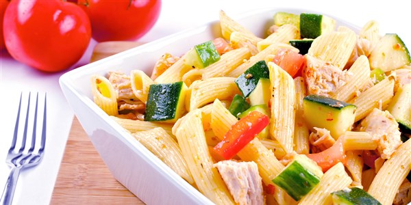 Vollkorn Pasta with Chicken and Vegetables