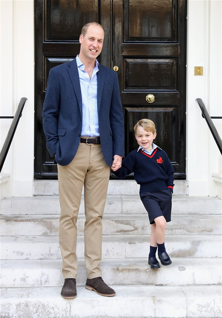 Obraz: Prince George Attends Thomas's Battersea On His First Day At School