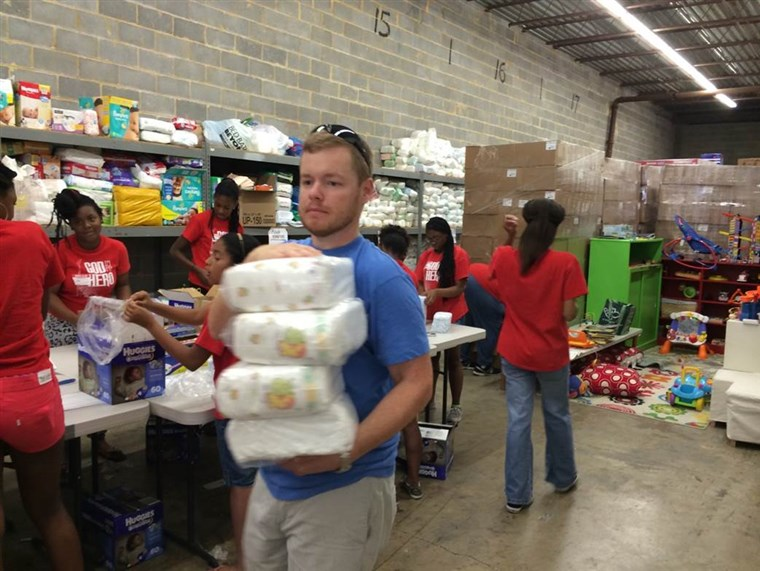Gemeinschaft volunteers play a vital role in the success of diaper banks. Pictured are DC Diaper Bank volunteers repackaging diapers to be distributed to families in need in the Washington, D.C. area.