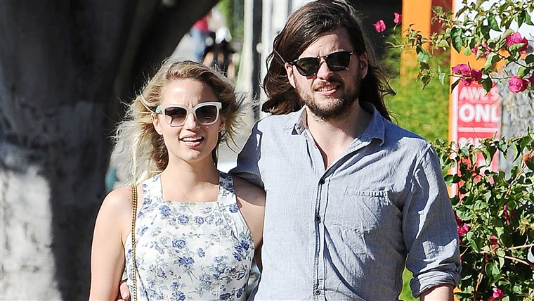 ديانا Agron and Winston Marshall
