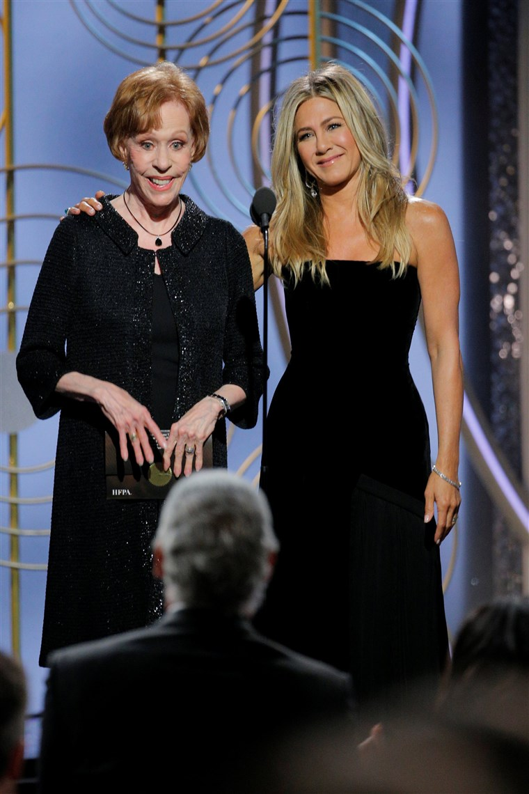 Obraz: Carol Burnett, Jennifer Aniston, presenters at the 75th Golden Globe Awards in Beverly Hills, California