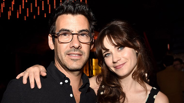 SOUBOR: Zooey Deschanel and Jacob Pechenik, Married and Have Welcomed a Baby Girl Premiere Of Roadside Attractions'